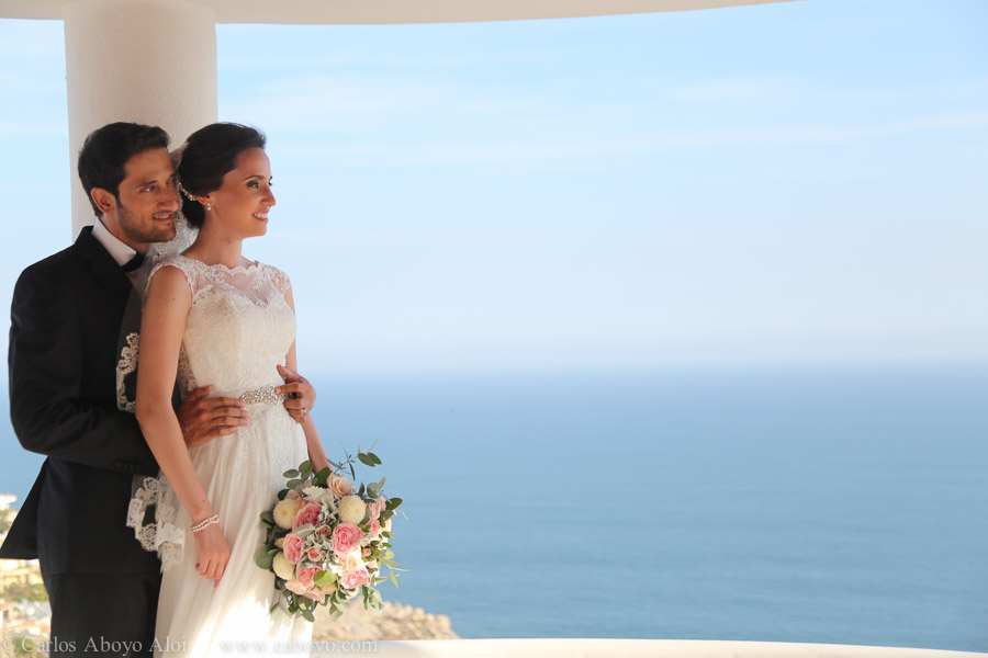 Elegant Destination Wedding at vacation rental Villa Clara Vista in Cabo San Lucas Mexico