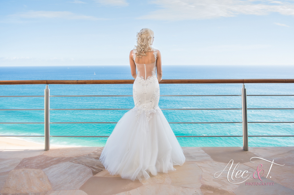 Luxury Destination Wedding in Cabo San Lucas Mexico at private vacation rental Villa Bellissima overlooking the Pacific Ocean
