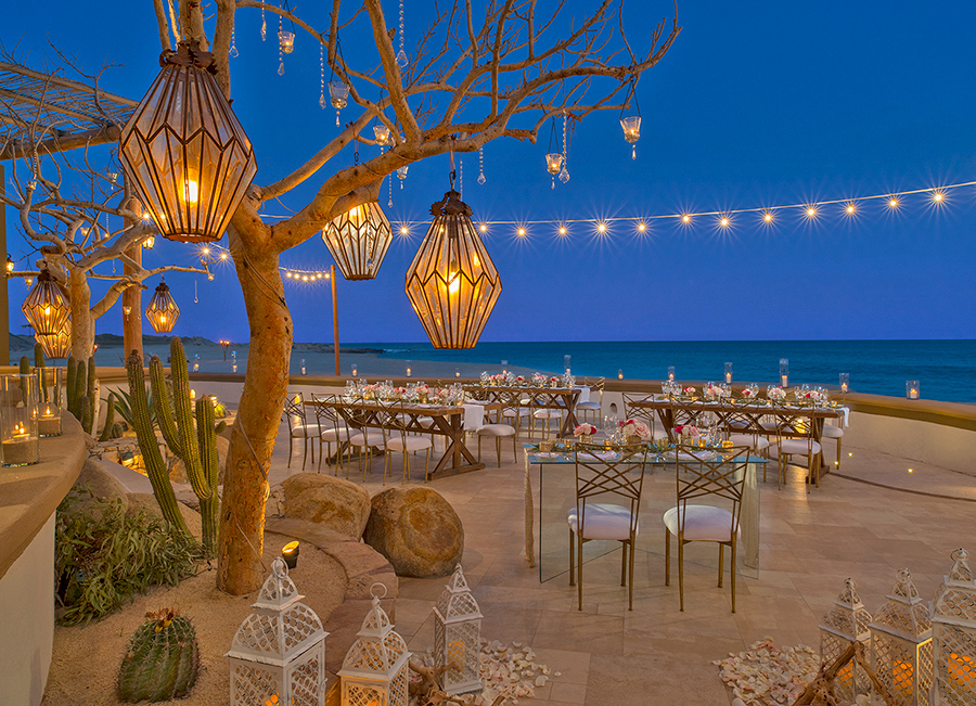 The breathtaking beachfront Sheraton Grand Los Cabos, Hacienda del Mar Resort is a stunning venue for a destination wedding
